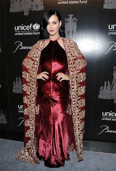 2013 UNICEF Snowflake Ball Katy Perry