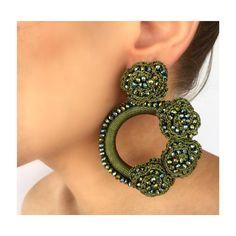 Η εικόνα ίσως περιέχει: κοντινό πλάνο Crochet Earrings, Like4like, Jewelry Design, Fashion Jewelry, Tuesday, Photography, Instagram, Stud Earrings, Photograph