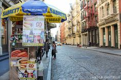 Descubre cómo ahorrar en Nueva York con estos trucos: restaurantes sin propina, museos gratuitos, y mucho más.