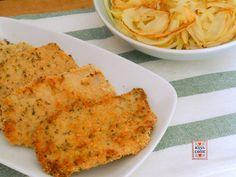 Lescaloppine di lonza in crosta di pane ed erbe aromatichesono un secondo piatto semplice ed economico, che si prepara velocemente.