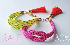SALE Neon pink knot rope bracelet with tassel charm por AlmostDone