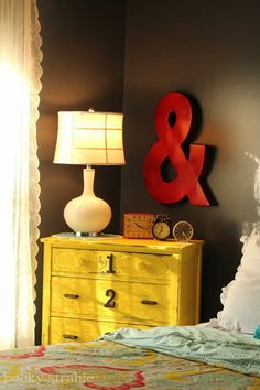 Black walls but not dark/depressing. For buddy's room? Like the color combo