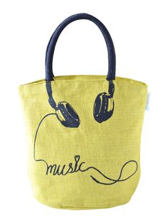 Plug in the headphones in your mobile, listen to your favorite music and life wouldn't have been more happier. The musically fresh Jute tote bag will bring in the freshness to your wardrobe that you very much need.  http://www.earthenme.com/New-Arrivals/Musically-Fresh-Yellow-Tote-Bag-id-2030402.html