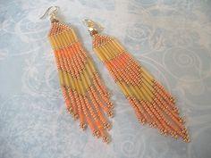 Super Long Beaded Chevron Earrings Tangerine Seed Bead Earrings. 20 EUR. Loja WorkOFHeart ETSY
