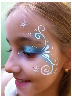 Elsa Face Painting, Face Painting For Girls, Simple Face Painting, Princess Painting, Frozen Face Paint, Maquillage Halloween Simple, Mime Face Paint, Make Carnaval, Christmas Face Painting