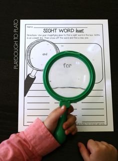 Such a motivating way to practice reading and writing sight words. Awesome literacy center or sight word game! Teaching Sight Words, Sight Word Practice, Sight Word Games, Word Work Games, Sight Word Centers, Word Work Centers, Spelling Centers, Writing Centers, Reading Centers