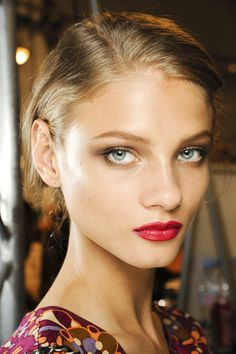 spring 2012 ready-to-wear  Christian Dior  Beauty
