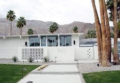 Mid century entrance - Palm Springs Street Tour