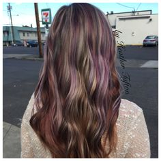 Opal hair color trend using Schwarzkopf professional pearlescence shades