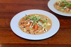 God mad og søde sager: Kokos-karry suppe med kylling og sprøde grøntsager