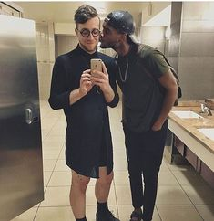 Lhomme run interracial dating Songtekst