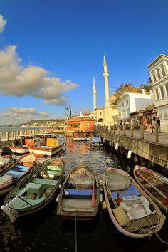 Boat dock . Istanbul