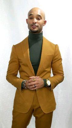 Custom burnt orange cotton suit - Showcasing unique looks for dapper gents - Mens Fashion Suits, Mens Suits, Black Men In Suits, Mode Masculine, Simple Dress Casual, Stylish Men, Men Casual, Designer Suits For Men, Cotton Suit