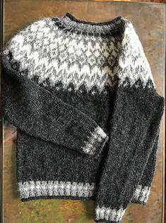 Ravelry: Project Gallery for Riddari pattern by Védís Jónsdóttir Fair Isle Knitting Patterns, Sweater Knitting Patterns, Knitting Designs, Knit Patterns, Zip Sweater, Cable Knit Sweaters, Men's Sweaters, Long Sweaters For Leggings, Icelandic Sweaters