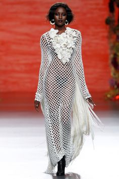 Dress With Cardigan, Knit Dress, Dress Skirt, Crochet Beach Dress, Crochet Lace, Vogue Fashion, Fashion Show, Fashion Outfits, Moda Madrid