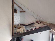 Filet d'intérieur d'habitation sur mesure avec Feelnets en France Trampolines, Catamaran, Filet Trampoline, Hammock Bed, Filets, Bedroom Loft, Outdoor Furniture, Outdoor Decor, Houses