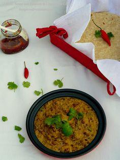 Adzuki Beans and Potatoes in Charmagaz Curry – The Spice Adventuress Vegan Vegetarian, Vegetarian Recipes, Rajasthani Food, Eat Happy, Potato Recipes, Healthy Snacks, Watermelon, Curry, Beans
