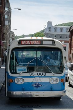 Front of an old Montreal bus Old Montreal, Montreal Ville, Montreal Quebec, Montreal Canada, Quebec City, Run Today, Road Trip Destinations, Blue City, Los Angeles