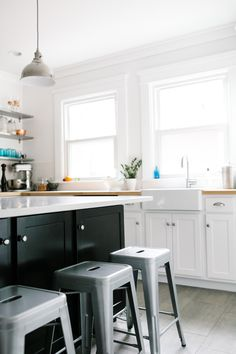 Behind the Scenes: Our Kitchen Reno                                                                                                                                                                                       Comment