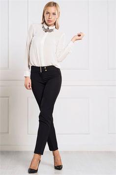 İRONİ DAR PAÇA SİYAH PANTOLON Capri Pants, Suits, Style, Fashion, Swag, Moda, Capri Trousers, Fashion Styles, Suit