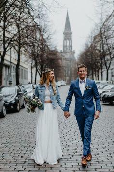 Costume Marie Bleu, Ball Dresses, Ball Gowns, Country Wedding Dresses, Country Weddings, Vintage Weddings, Autumn Wedding, Boho Wedding, Jeans Wedding