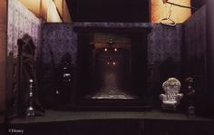 Long-Forgotten: The Haunted Mansion in Miniature