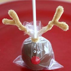 Rudolph Cake Pops (would also work with caramel or chocolate apples!)