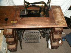 Antique Spotlight: Singer Sewing Machines