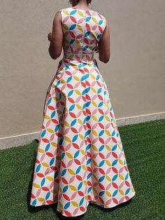 Excellent maxi dresses are offered on our internet site. Take a look and you wont be sorry you did. African Dresses For Women, African Attire, African Wear, African Fashion Dresses, Fashion Outfits, African Style, Beautiful Dress Designs, African Traditional Dresses, African Print Fashion