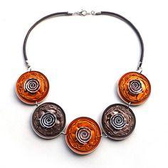Collier capsules nespresso - orange et marron