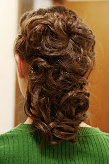 A Lass Of Yesteryear: A Hairstyle...