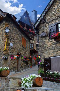 BAGUERGUE. Vall d'Aran, Catalogne - Voyage en Espagne