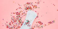 sanitary pad background in pink Celebrity Baby Names, Celebrity Babies, Pregnancy Timeline, Pregnancy Positions, Elegant Baby Shower, Fun Baby Shower Games, Building For Kids, Exercise For Kids, Cool Baby Stuff