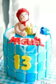 Waterpolo cake.