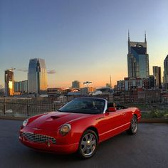 Any car fans?  Huge shoutout to @82_marlin from Marlins Detail for doing a full paint correction on detail on the @nash615 Thunderbird. Love how the red pops now HIGHLY recommend him! #nashville #belmont #sunset #sunrise #lights #nashvilletn #gopro #nashvilleexplorersclub #tennessee #beautiful #instalike #instadaily #followme #followback #shoutout #cars #615 #photography #nashvegas #college #vanderbilt #johnnycash #countrymusic #mtsu #vandy #fountain #nashvillethebeautiful #predators #ford…