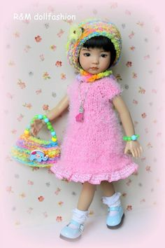 photo 2301-40_zps31ec2534.jpg From R&M doll fashion on ebay. Russia. SOLD for $79.99 on 1/26/15. $8.00 shipping