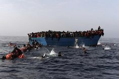 27 students die in boat accident