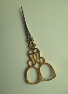 #31 scissors | The French Needle | French Needlework Kits, Cross Stitch, Embroidery, Sophie Digard
