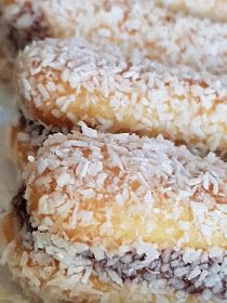 Greek Desserts, Pastry Cake, Candy Recipes, Biscuits, Sweets, Cookies, Vegetables, Food, Tommy Hilfiger