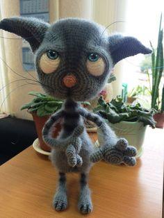 Project made by Ирина Кожухова using Dobby the sad cat crochet pattern from littleowlshut