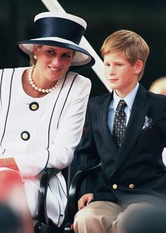 Diana and Harry at VE Day services in 1995