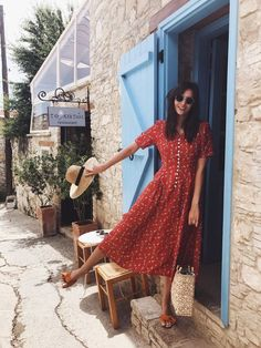 Floral dress: the pretty shopping selection for summer – Trendy Mood – Mode Outfits Mode Outfits, Casual Outfits, Fashion Outfits, Fashion Trends, Fashion Ideas, Dress Fashion, Fashion Clothes, Ladies Fashion, Office Outfits