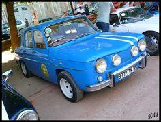 Renault 8 Gordini by kity54, via Flickr - Nice rims
