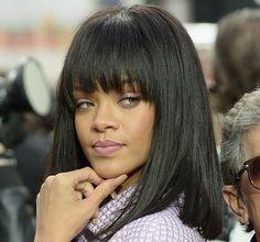 Rihanna et son carré lissé chez Chanel en 2014