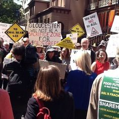 Test-fracking for CSG near Gloucester sparks appeal to NSW Government. NSW Government asked to suspend approval for AGL's Gloucester project.  Anti-coal seam gas (CSG) activists from Gloucester have taken their concerns directly to the NSW Minister for Resources and Energy.