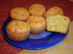 Receptek a kategóriában Sajtos, tejfölös muffin. Válaszd ki a legjobb receptet a receptmuhely.hu adatbázisából és élvezd a finom ételek ízét.