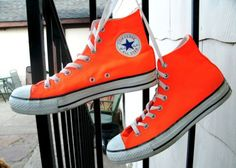 9c46871ad9c2 CONVERSE ALL STAR CHUCK TAYLOR neon orange sneaker shoes womens sz 9