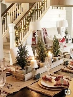 Christmas Table Settings, Christmas Tablescapes, Christmas Candles, Christmas Table Centerpieces, Centerpiece Ideas, Holiday Tables, Christmas Lights, Christmas Staircase, Farmhouse Christmas Decor