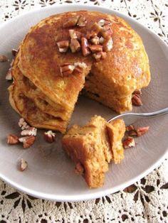 Sweet Potato Pie Pancakes for One - potatopie Breakfast Desayunos, Breakfast At Tiffanys, Breakfast Items, Sweet Potato Pancakes, Potato Pie, Brunch Recipes, Sweet Recipes, Breakfast Recipes, Crepes