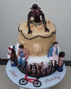 Stranger Things Cake #strangerthings #strangerthingscake #netflixstrangerthings #cake #fondantcake